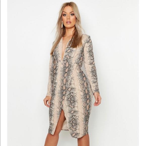 Boohoo Plus Dresses & Skirts - Snake print midi dress